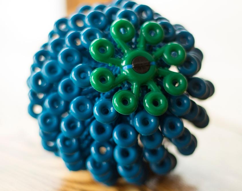 Mikroplastikfasern vermeiden mit demCora Ball